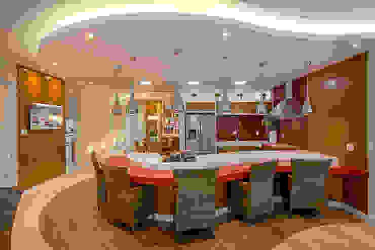 ห้องครัว โดย Designer de Interiores e Paisagista Iara Kílaris,