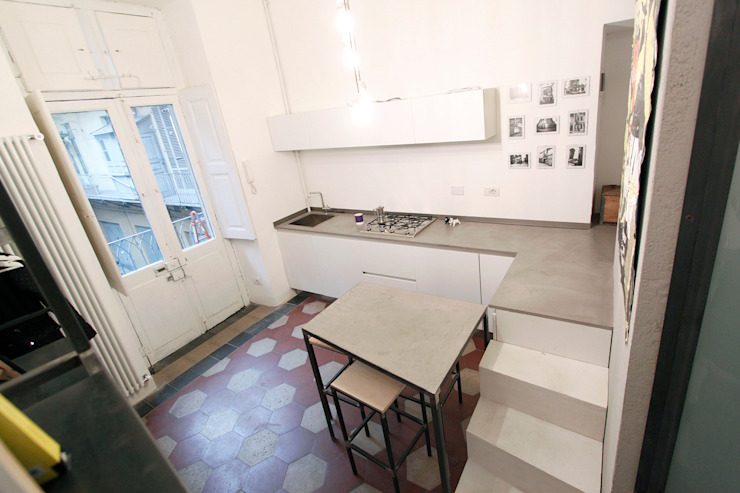 SUPERPOSES ROOMS diegogiovannenza|architetto Cucina moderna
