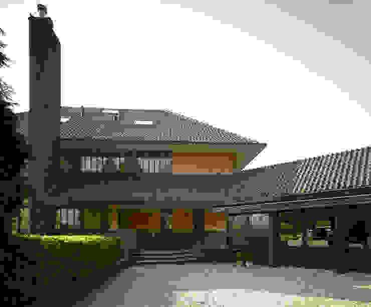 現代房屋設計點子、靈感 & 圖片 根據 VASD interieur & architectuur 現代風