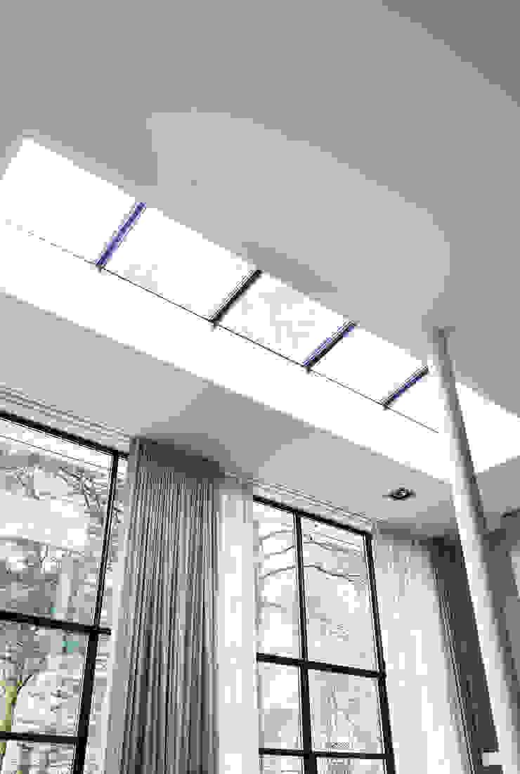 Modern windows & doors by VASD interieur & architectuur Modern