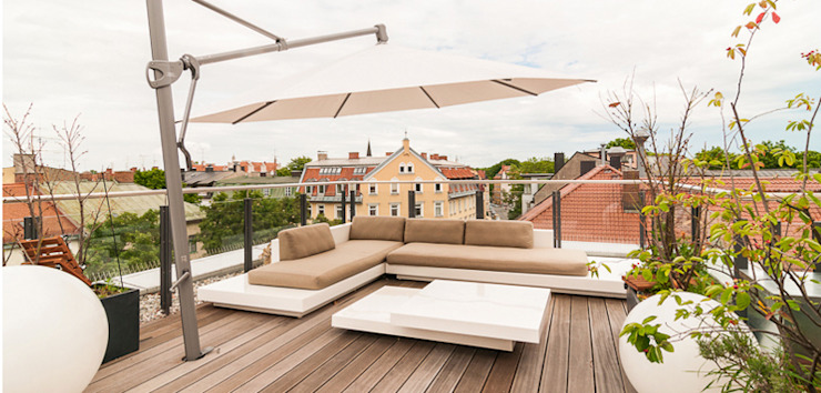 Terrace by Egg and Dart Corporation GmbH & Co.KG | München