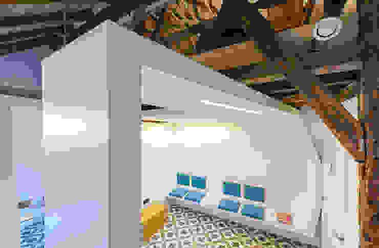 TT Moderne gezondheidscentra van van staeyen interieur architecten Modern