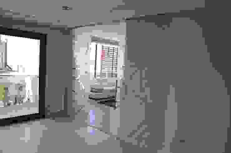 Sürgülü Cam Kapılar Royal Duşakabin Art & Glass / Antalya