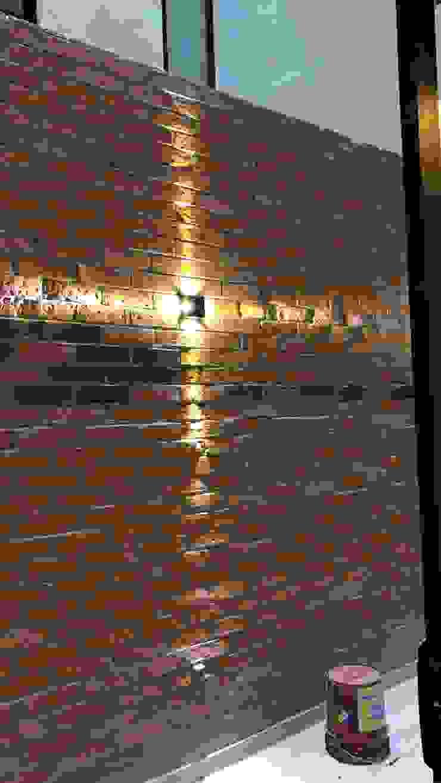 Pérgola y detalles interiores Dpto. JDLB116 Balcones y terrazas modernos de Síntesis Arquitectónica ® Moderno