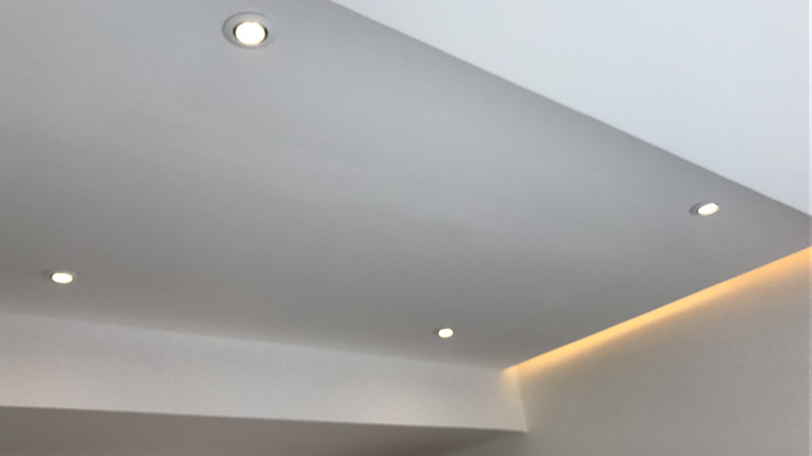 Diseño de plafones e iluminación. Dormitorios modernos de Síntesis Arquitectónica ® Moderno