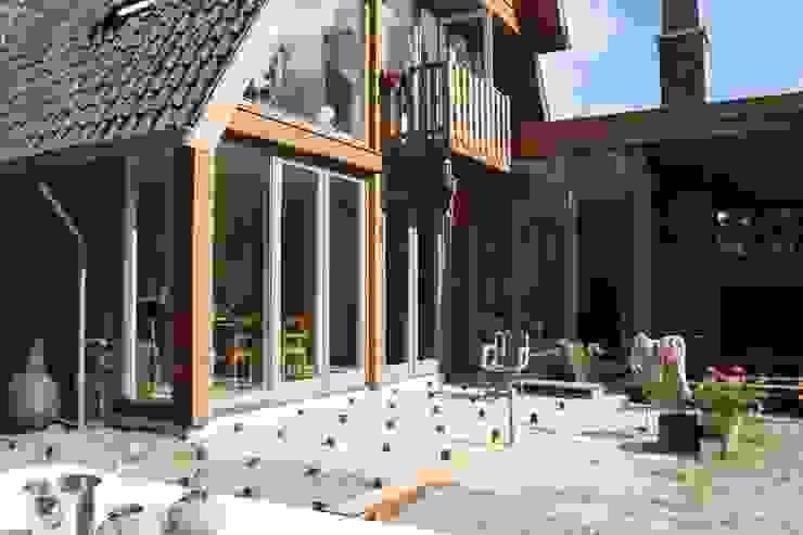 Modern style gardens by JE-ARCHITECTEN Modern
