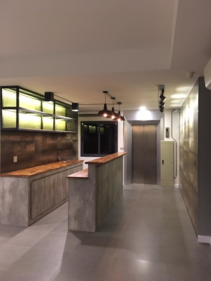 Modern loft style.. โดย Design Corner (Thailand) Co,Ltd