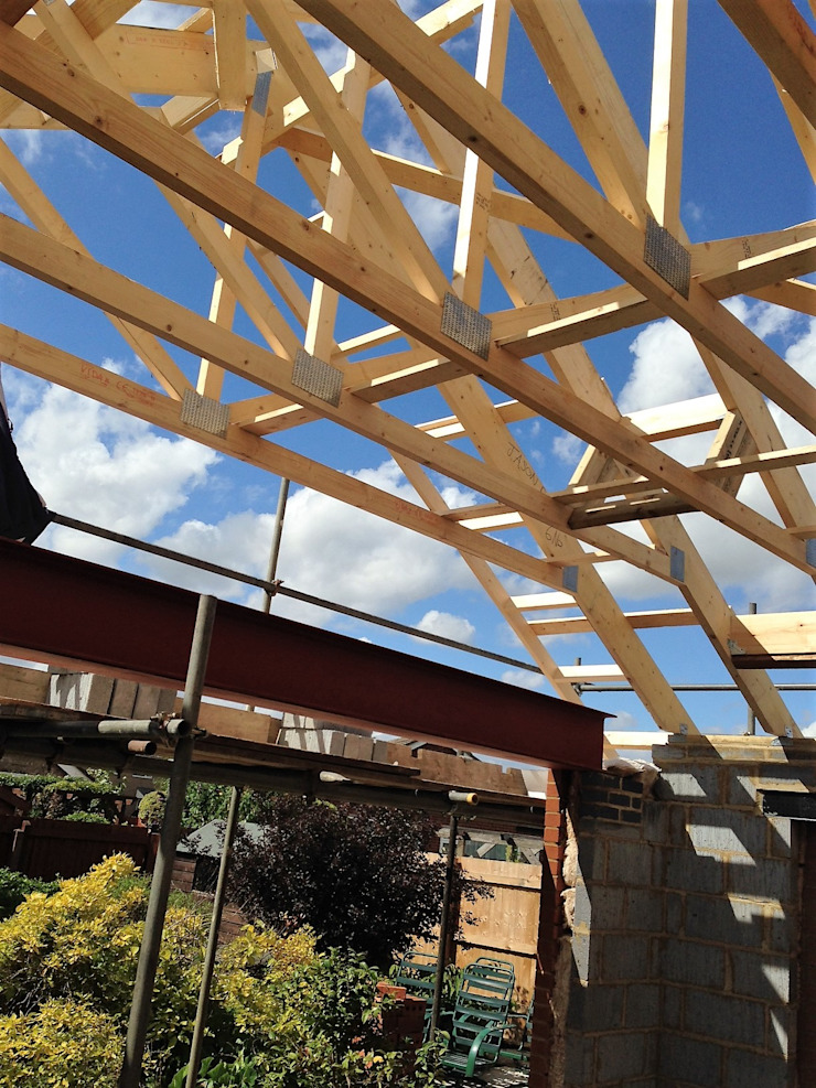 Roof Trusses being fitted by JMAD Architecture (previously known as Jenny McIntee Architectural Design)