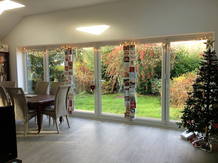 Bi-Fold Doors Opening into Garden von JMAD Architecture (previously known as Jenny McIntee Architectural Design)
