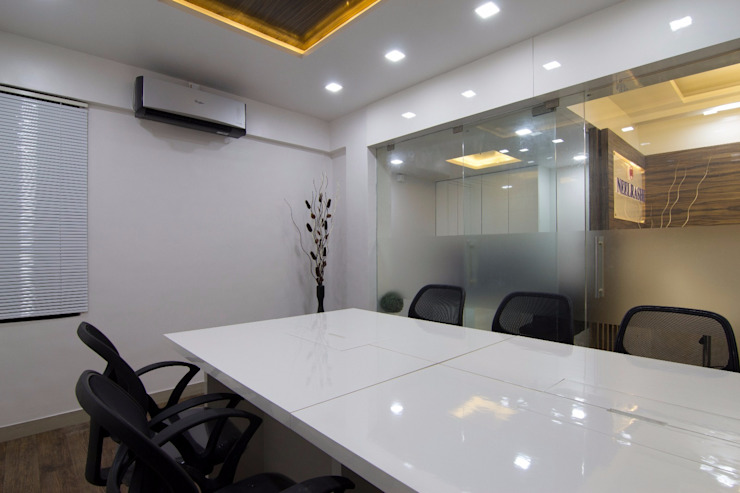 Conference Room Modern office buildings by A A Studio Architects Modern