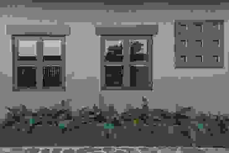 Casas de estilo  por LUIS GRACIA ARQUITECTURA + DISEÑO,