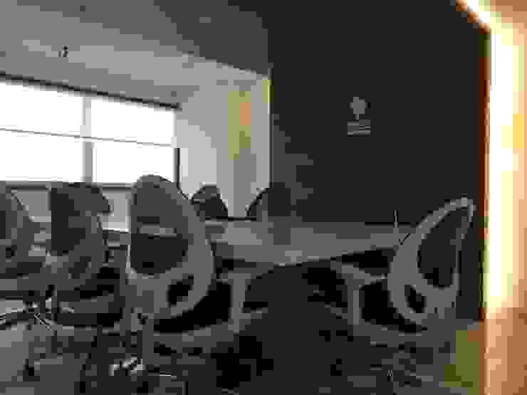 Modern study/office by Síntesis Arquitectónica ® Modern