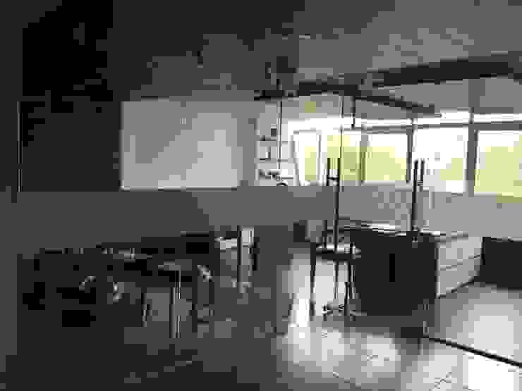 Oficinas Síntesis Inmobiliaria ® Estudios y despachos modernos de Síntesis Arquitectónica ® Moderno