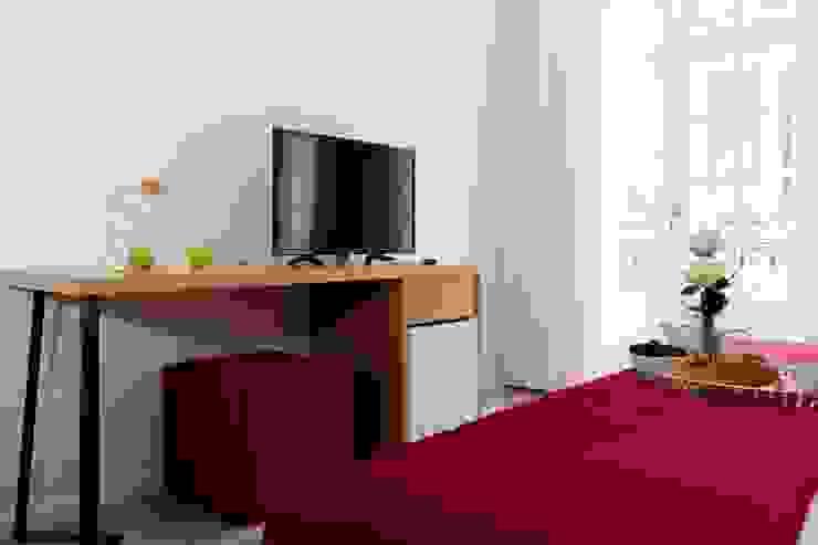 Zona Tv Hotéis escandinavos por Alma Braguesa Furniture Escandinavo