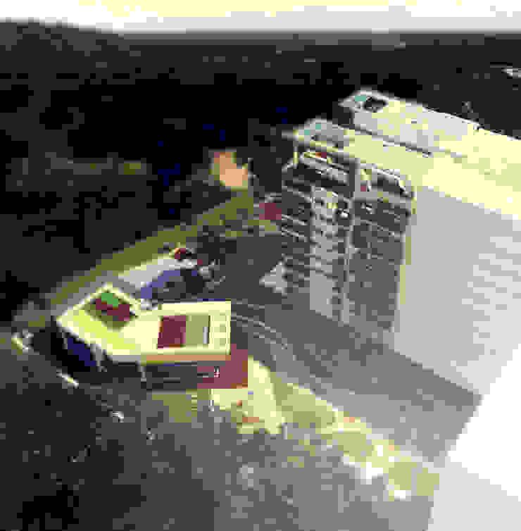 VISTA AÉREA Casas modernas de IngeniARQ Moderno