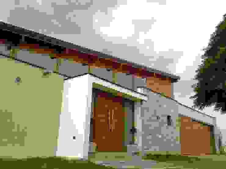 Casas modernas de Azcona Vega Arquitectos Moderno