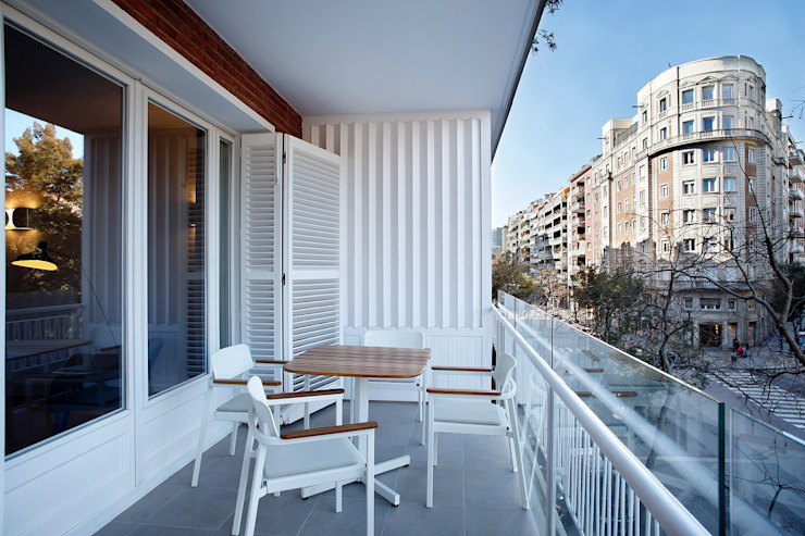 Terrace by 02_BASSO Arquitectos,