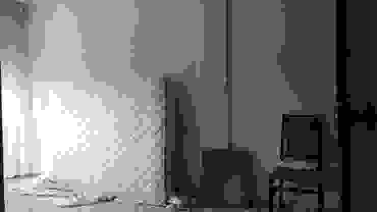 modern  by custom casa home staging, Modern