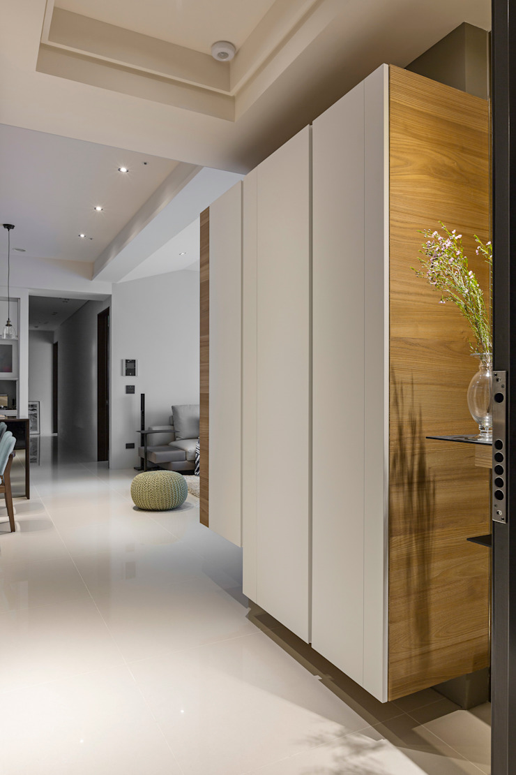 |坤山TC宅| 現代風玄關、走廊與階梯 根據 賀澤室內設計 HOZO_interior_design 現代風