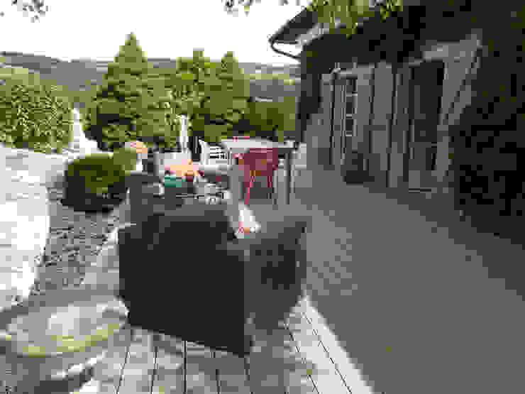 Un espace cocooning sur la terrasse Jardin moderne par Berger Jardins Moderne