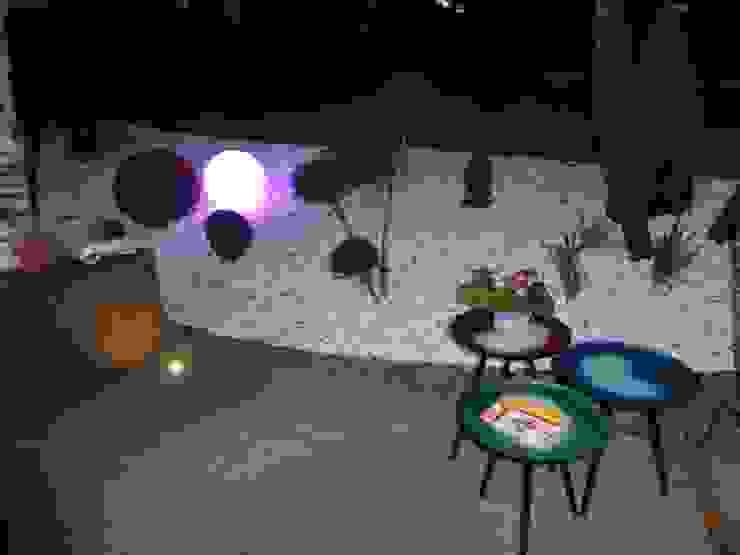 Des spots et luminaires pour profiter des soirées d'été Jardin moderne par Berger Jardins Moderne