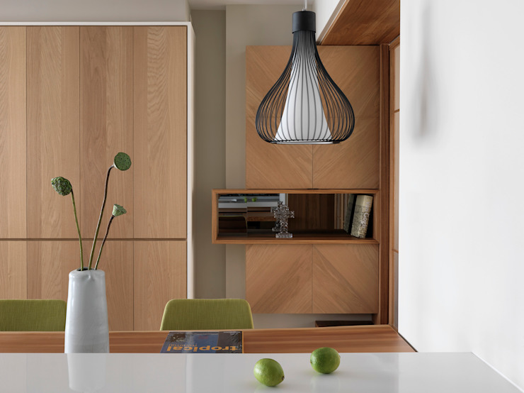 Salle à manger moderne par 賀澤室內設計 HOZO_interior_design Moderne