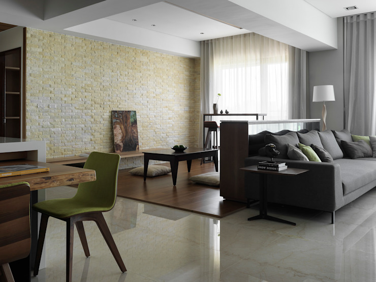 Bureau moderne par 賀澤室內設計 HOZO_interior_design Moderne