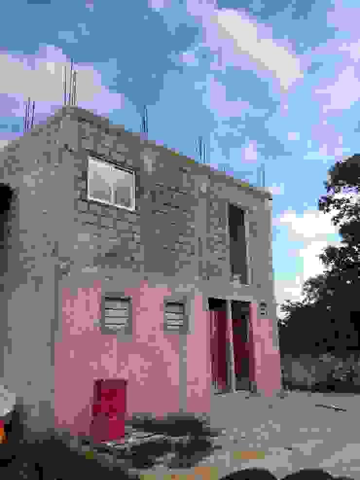 OFICINAS H - ESTADO ACTUAL de LARA ESCALANTE ARQUITECTURA Y CONSTRUCCIÓN Moderno