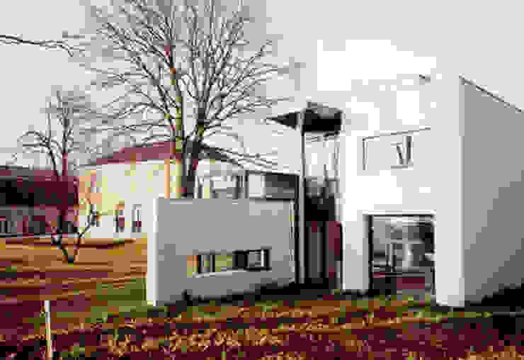 kantoor villa Moderne gezondheidscentra van G.L.M. van Soest Architect Modern