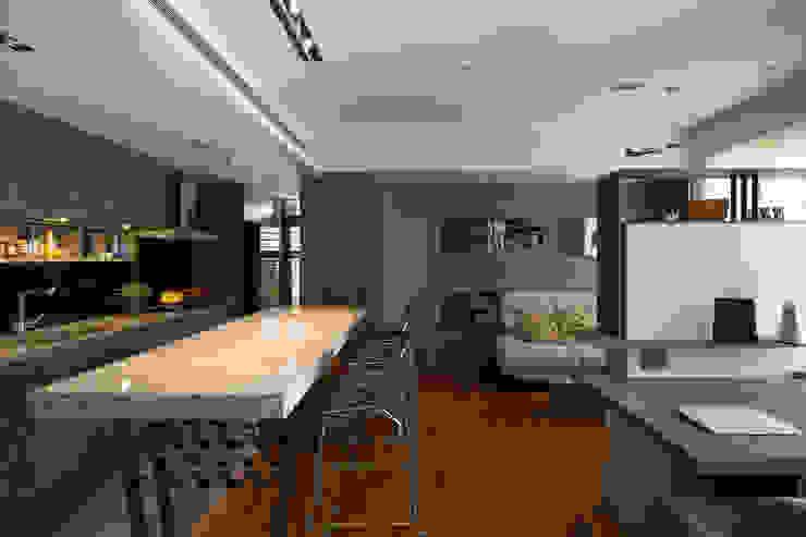 客廳 根據 藻雅室內設計 現代風