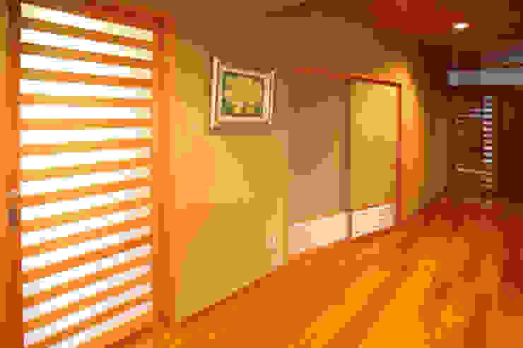 玄関ホール・廊下 和風の 玄関&廊下&階段 の 吉田設計+アトリエアジュール 和風