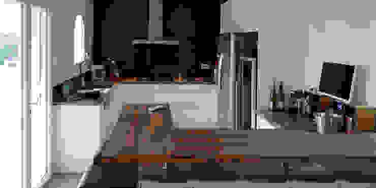 Maison M.F Ophélie Dohy architecte d'intérieur Cuisine moderne Noir