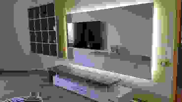 Minimalist living room by AG design Minimalist