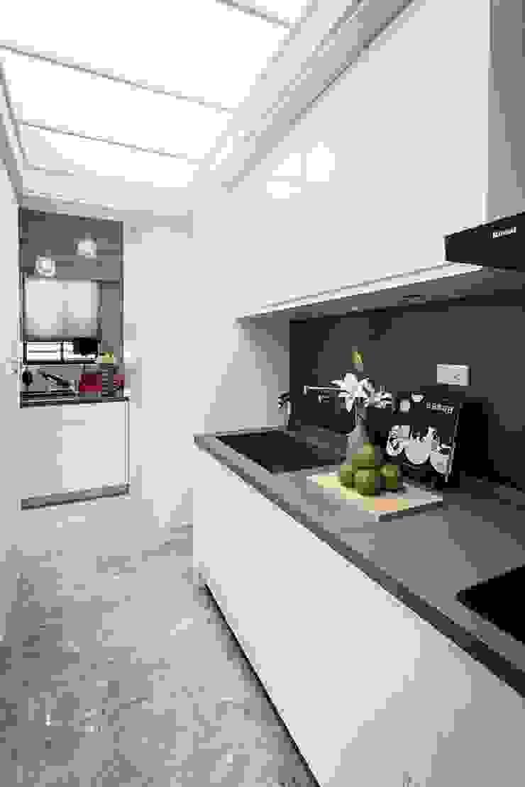 廚房 Modern Kitchen by 你你空間設計 Modern