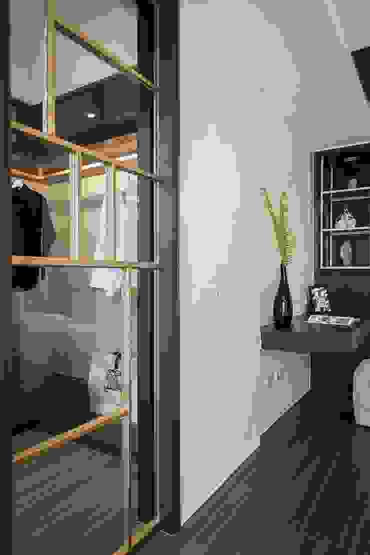 主臥馬來漆牆面 Modern Bedroom by 你你空間設計 Modern