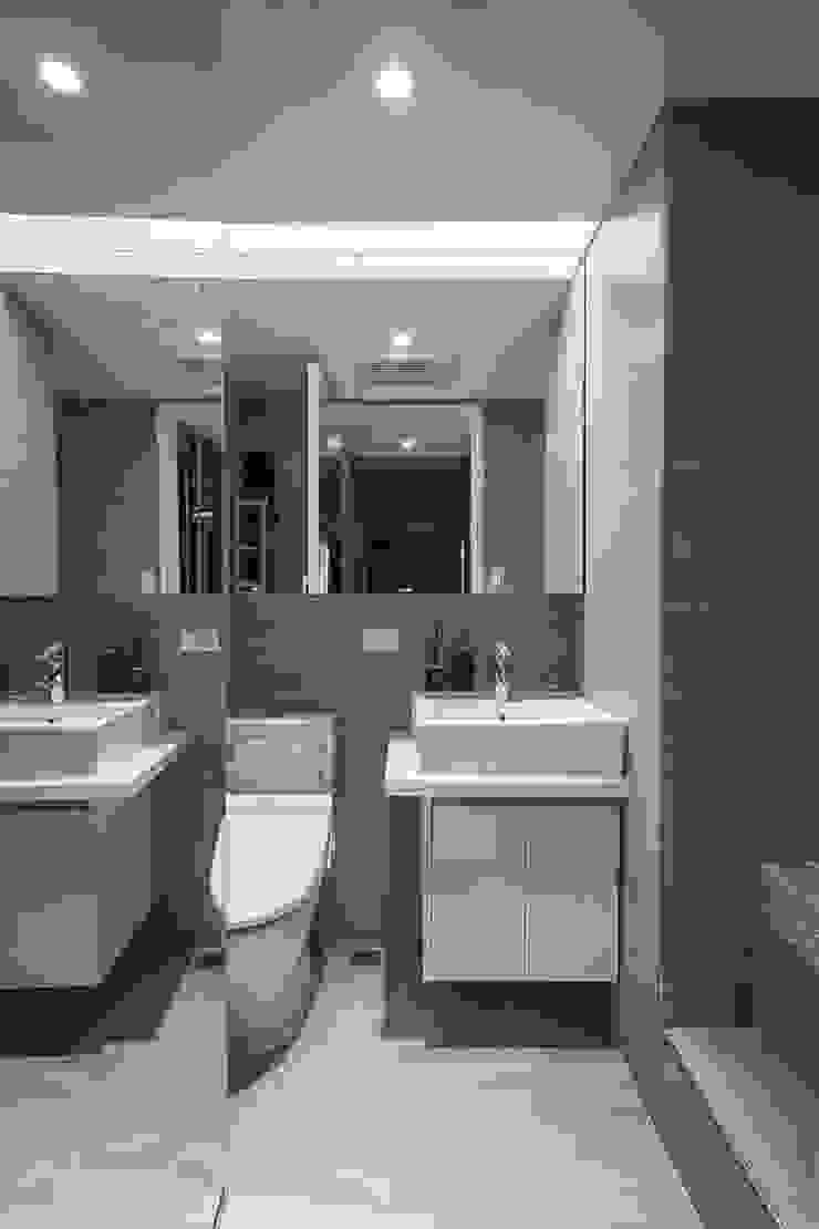 主浴室 現代浴室設計點子、靈感&圖片 根據 你你空間設計 現代風