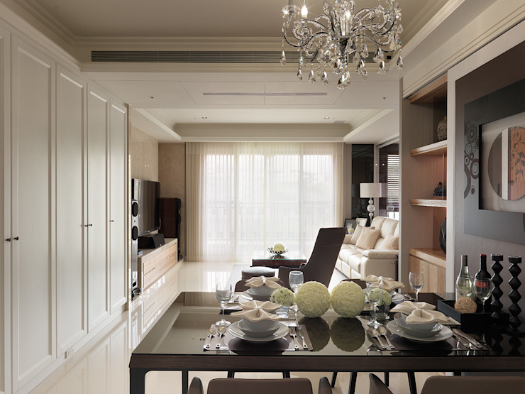 微醺輕古典 用線條勾勒不平凡! 根據 大集國際室內裝修設計工程有限公司 古典風