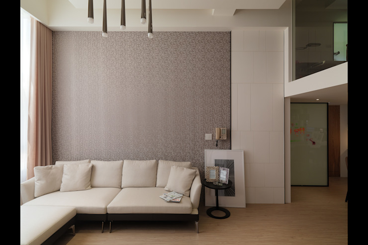 Moderne Wände & Böden von 大集國際室內裝修設計工程有限公司 Modern