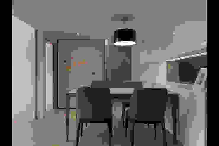 Moderne Esszimmer von 大集國際室內裝修設計工程有限公司 Modern