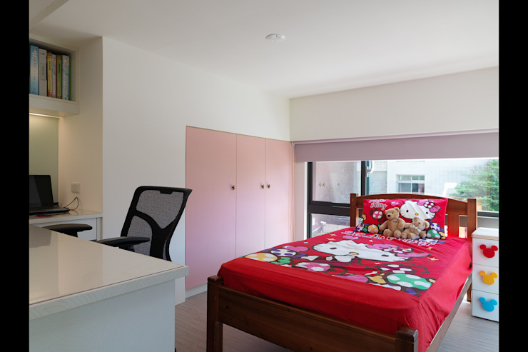 Moderne Kinderzimmer von 大集國際室內裝修設計工程有限公司 Modern