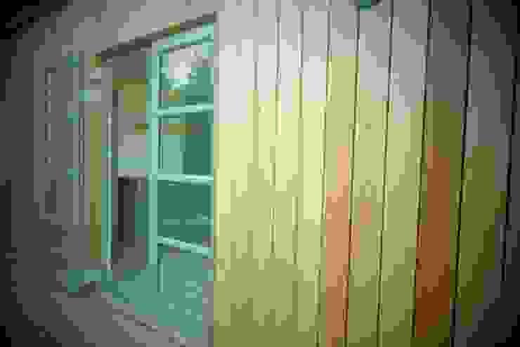 Greenpods Balconies, verandas & terraces Accessories & decoration Gỗ Wood effect