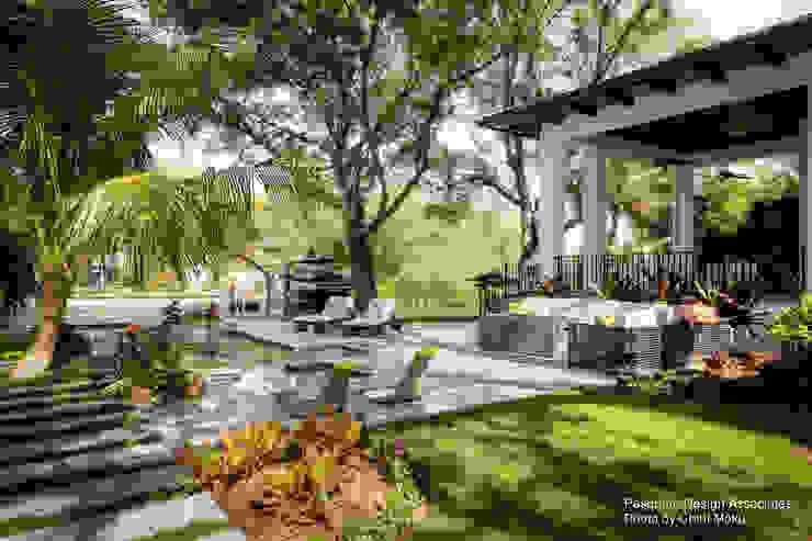Pasquale Design - Mediterranean Modern Luxe - Exterior 1 Moderner Garten von Chibi Moku Architectural Films Modern Beton