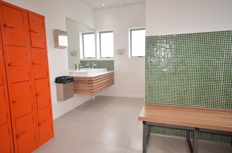 changing room by Till Manecke:Architect Modern
