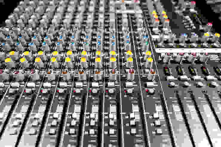 mixer by Till Manecke:Architect Modern