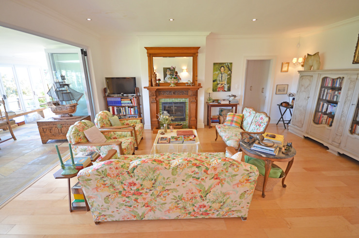 tarditional living room Till Manecke:Architect Living room