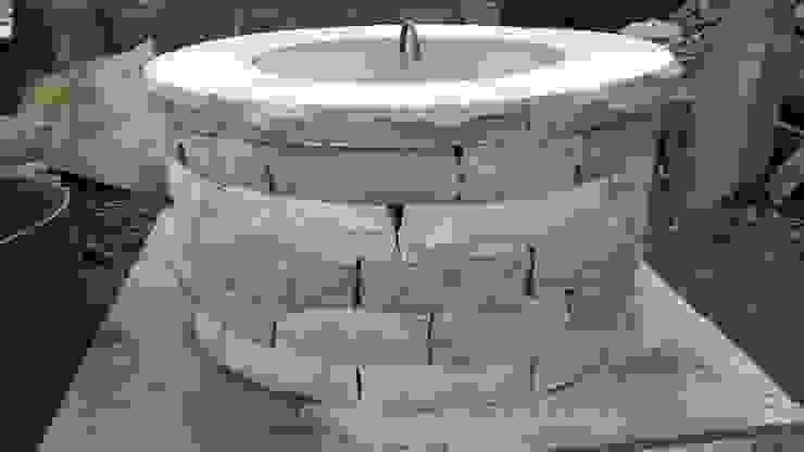Cheshire Jardines de estilo rústico de Lithic Fire Rústico Piedra