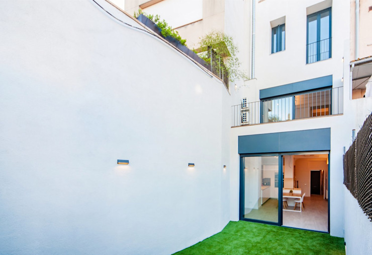 CASA FRANCESC D'ASSÍS Casas de estilo mediterráneo de Lara Pujol | Interiorismo & Proyectos de diseño Mediterráneo