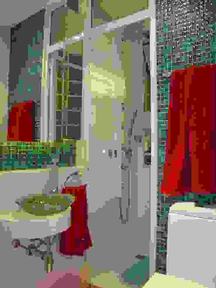Banheiro Suíte Debiaze Arquitetura Banheiros modernos Vidro Verde
