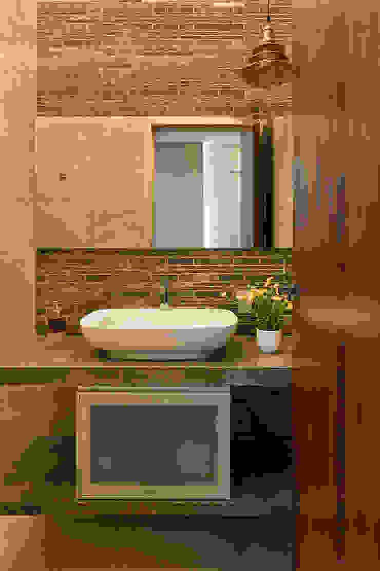 Washroom The design house Modern bathroom Tiles Brown