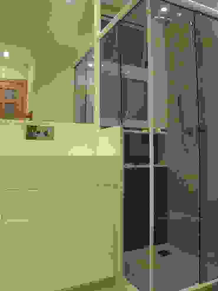 Banheiro Social Debiaze Arquitetura Banheiros modernos Cerâmica Vermelho